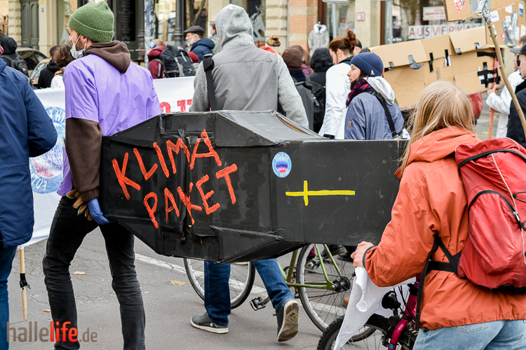 Fridays for Future - Klimademo in Halle